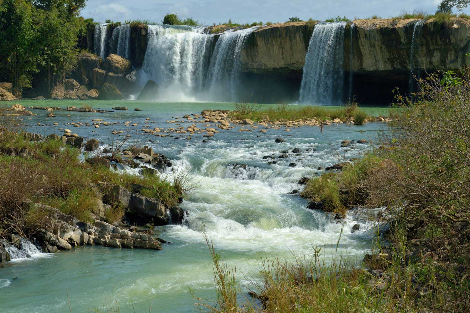 06_WEB_Dak_Lak_Waterfall_05